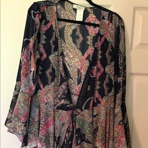 New with tags Navy blue floral cover up